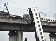 动车事故也成为2011热点新闻话题