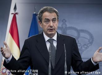 Ministerpräsident José Luis Rodríguez Zapatero kündigt nach der Kabinettssitzung vom 29. Juli vorzeitige Neuwahlen an (Foto: dpa)