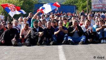 Demonstration an der Grenze Kosovo-Serbien