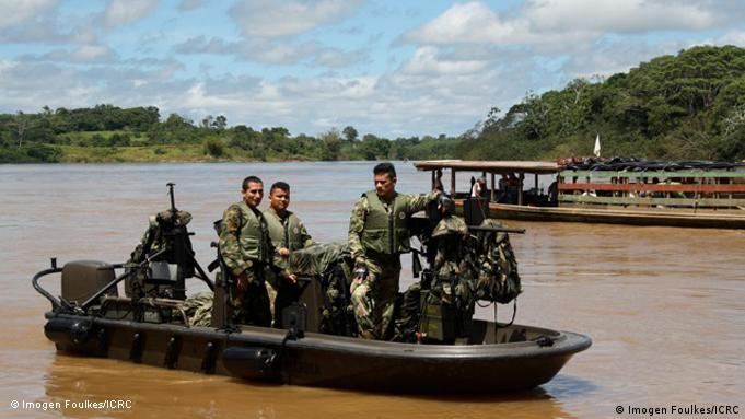 The ICRC has sent medical teams down the Caguán River