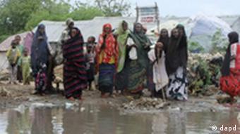 بسیاری از مردم سومالی از فشار گرسنگی به اردوگاهها پناه بردهاند