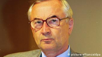 گونتر بورگهارت، رئیس سازمان مدافع حقوق پناهجویان در آلمان