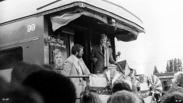 Robert Redford spricht in Florida bei der Promotiontour zum Film 'Der Kandidat' (Foto: AP Photo)