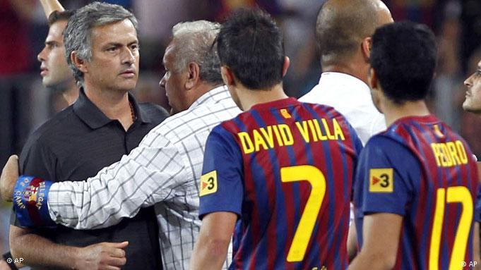 Flash-Galerie FC Barcelona Real Madrid Supercup Finale Mourinho