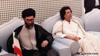 دیدار آیتالله خامنهای و سرهنگ قذافی در لیبی در سال ۱۹۸۴