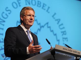 Prezydent Niemiec Christian Wulff na spotkaniu z Noblistami. 24.08.2011