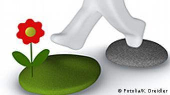 Symbolbild: Eine Figur geht von einem Naturstein auf einen begrünten Stein mit einer Blume