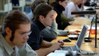 Studenten beim Studium