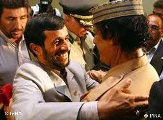 دیدار احمدی نژاد و معمر القذافی