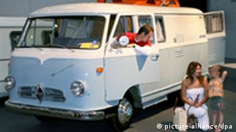 Αυτοκινούμενο-αντίκα της Hymer σε λεωφορειάκι Borgward, κατασκευής 1961