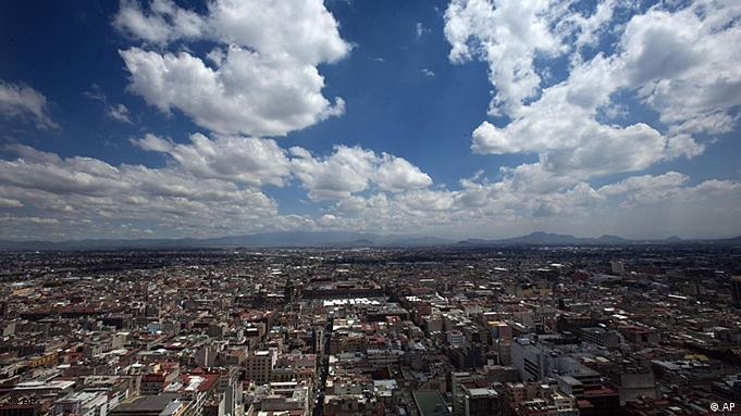 View over Mexico City (Photo: AP/ Gregory Bull)