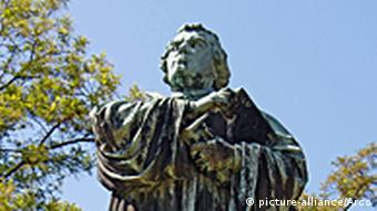 Spomenik Martinu Lutheru na Wartburg kod Eisenacha