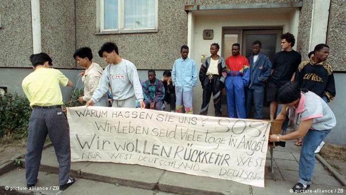 Flash Galerie Ausschreitungen in Hoyerswerda 1991
