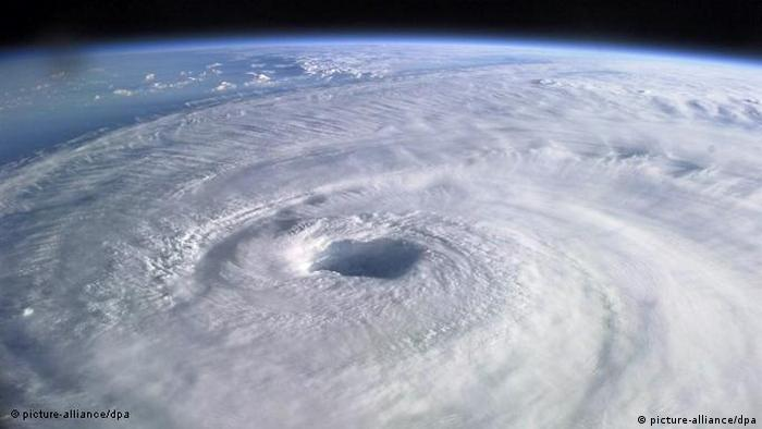 The eye of hurricane Isabel