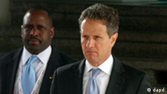 Timothy Geithner at meeting in Wroclaw