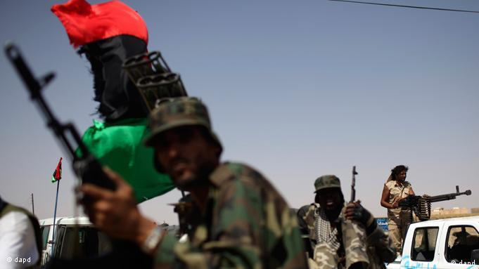 A convoy of Libyan fighters