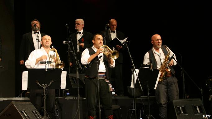 Goran Bregovic und sein Weddings and Funeral Orchestra (Foto: Chiponda Chimbelu )