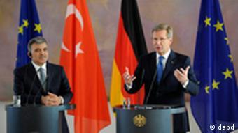 Los presidentes de Turquía y Alemania, Abdullah Gül y Christian Wulff.