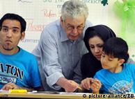 یک کلاس درس زبان آلمانی برای مهاجران