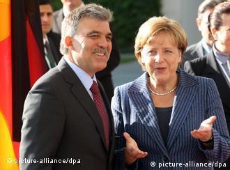 Abdullah Gül y Angela Merkel en Berlín.