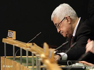 Palestinian President Mahmoud Abbas attends the 66th session of the United Nations General Assembly, Wednesday, Sept. 21, 2011. (Foto:Richard Drew/AP/dapd)