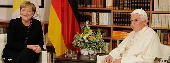 دیدار صمیمانه پاپ و آنگلا مرکل صدراعظم دموکرات مسیحی آلمان