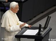 Papa Benedikti i XVI-të gjatë fjalimit në Bundestag