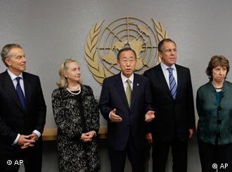 نمایندگان گروه چهارگانه صلح خاورمیانه در کنار بان کیمون