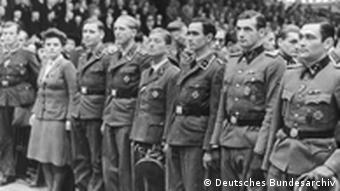 Angehörige der SS bei einer Großkundgebung im Berliner Sportpalast 1943; Copyright: Deutsches Bundesarchiv
