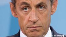ARCHIV - Schwere Schlappe für Frankreichs Staatschef Nicolas Sarkozy sieben Monate vor der nächsten Präsidentschaftswahl: Erstmals seit einem halben Jahrhundert errangen die oppositionellen Sozialisten nach eigenen Angaben die Mehrheit im Pariser Senat. Foto: Michael Kappeler dpa +++(c) dpa - Bildfunk+++