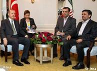 ترکیه میکوشد که در مناقشه اتمی نقش میانجی را ایفا کند. دیدار احمدینژاد و اردوغان  در ایران