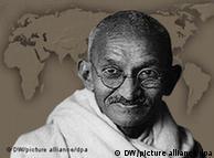 مهاتما  گاندی رهبر انقلاب های مسالمت آمیز خوانده می شود