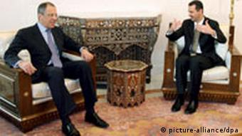 Syrian President Bashar Assad (R) meets with Russian Foreign Minister Sergei Lavrov (L) at the Ash-Shaeb presidential palace in Damascus, Syria, 20 March 2008 Sergei Lavrov is in Damascus for talks on the Middle East peace process, Iraq, Lebanon and the Palestinian issue. EPA/YOUSSEF BADAWI +++(c) dpa - Report+++