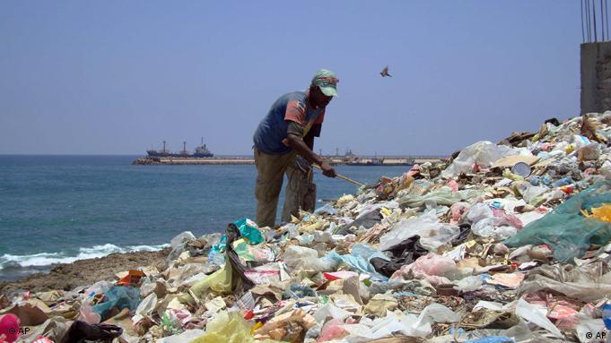 Rubbish tip in Somalia