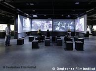 Em quatro telas paralelas, uma visão geral da história do cinema