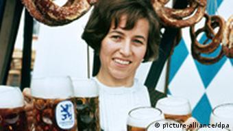 Баварські півлітрові кухлі - синонім німецького пива у світі