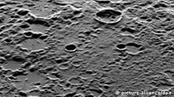 Поверхность Меркурия (снимок выполнен станцией MESSENGER)