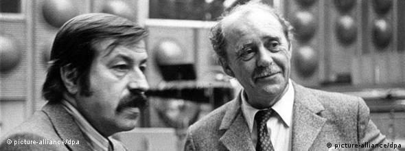 هاینریش بل (راست) و گونتر گراس