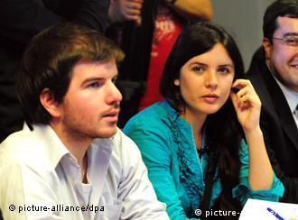 Giorgio Jackson y Camila Vallejo en Chile, octubre de 2011.