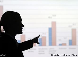 Як збільшити частку жінок у коридорах влади?