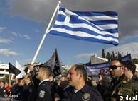 كثير من اليونانيين لم يعودوا يتوقعون مستقبلا أفضل في بلدهم بسبب الأزمة الاقتصادية