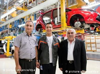 guest workers in germany essay Turkish immigrants in germany and their cultural  in germany and their cultural conflicts essay  into the country but rather to invite guest workers.