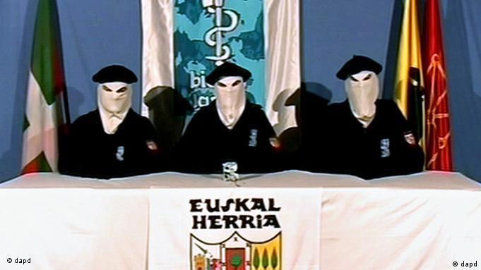 Militantes prometem fim de atos violentos e pedem concessões ao Estado