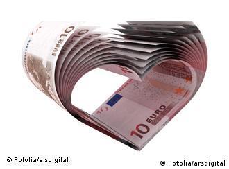 Euro bills in shape of heart