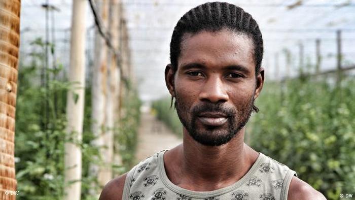 Afrikanischer Migrant Almeria Razak (Foto: DW)