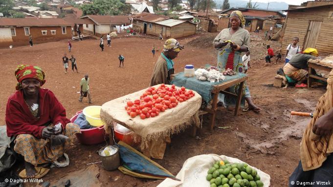 Kongo, tržnica u Bugavu. Bez pomoći rodbine ne bi mogli preživjeti
