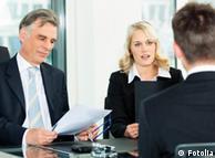 Краще, коли співбесіду проводять чоловік і жінкаКраще, коли співбесіду проводять чоловік і жінка