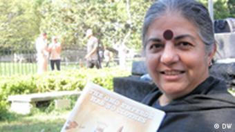 Monsanto Vandana Shiva