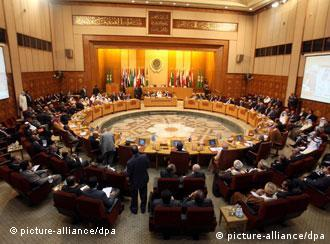 epa02989471 General view of Arab Foreign Ministers emergency meeting on Syria, at the Arab League Headquarters in Cairo, Egypt, 02 November 2011. According to media reports, Arab foreign ministers are meeting to discuss situation in Syria, amid conflicting reports on reaching an agreement between the Syrian government and the Arab organization. The Arab League has denied receiving a response from Syria to its plan for ending the country's months-long unrest, while the state Syrian News Agency SANA reported late on 01 November that a deal had been reached. EPA/KHALED ELFIQI +++(c) dpa - Bildfunk+++