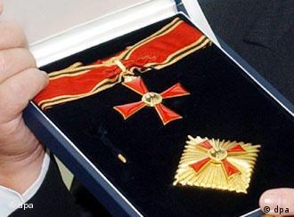 Automatische Auszeichnung für Diplomaten